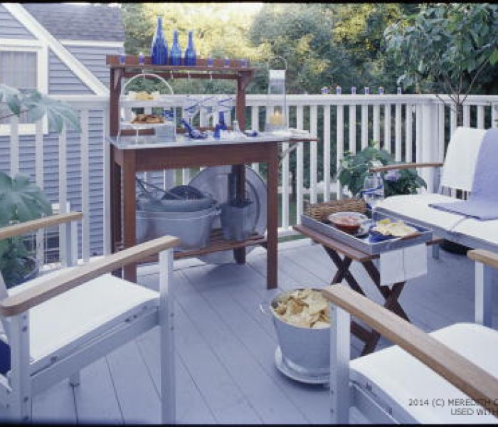 Stress-Free, Fun, & Easy Deck Party Ideas