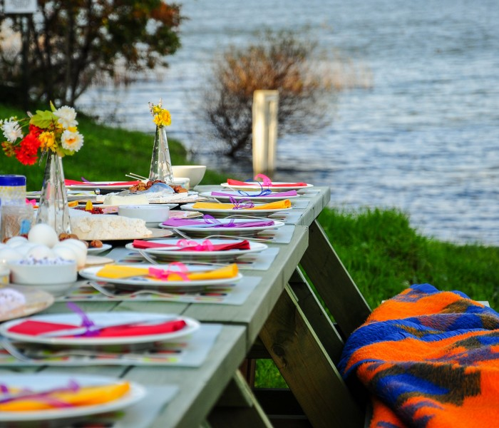 Party Time: Easy Outdoor Entertaining Tips & Ideas