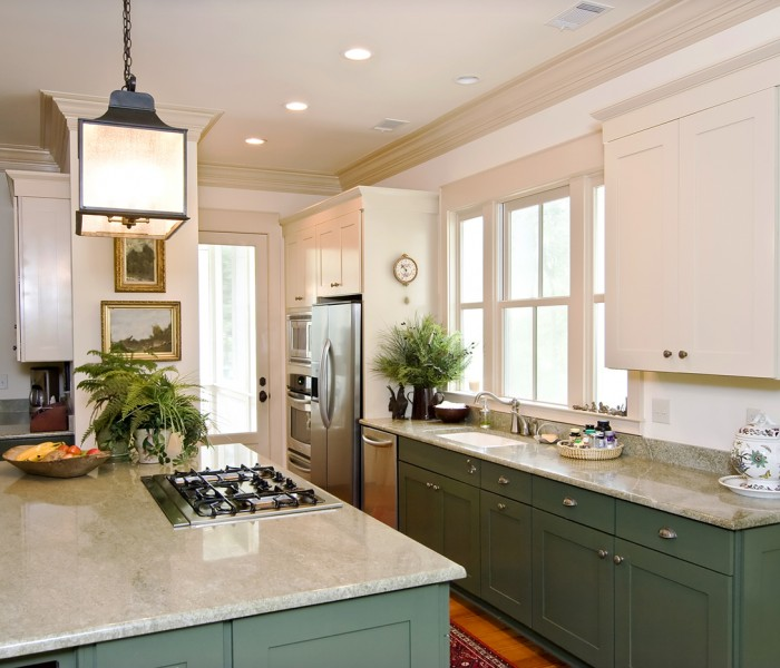 How to Use Crown Molding to Transform Your Home