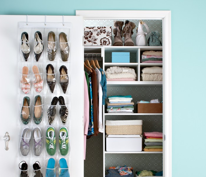 Small Closet Organization: 7 Tips to Create Space