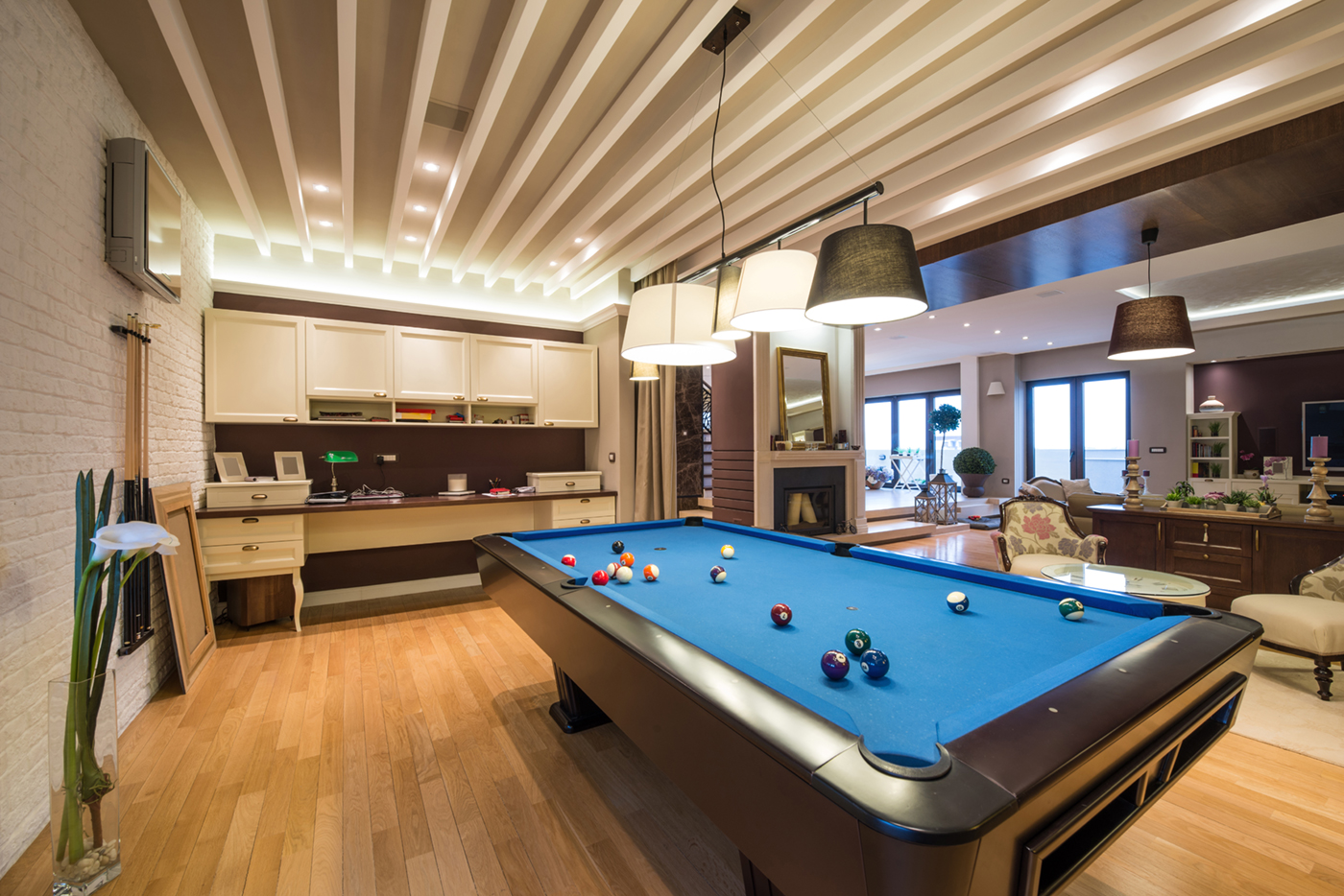 Basement entertainment room - Ask A Pro How To Turn Basement Into A Sport Room