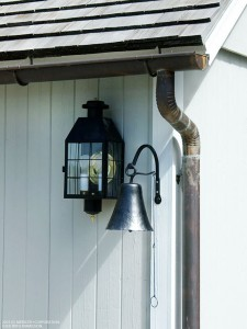 Makeover Your Home's Exterior: Fast Weekend Fixes - bhgrelife.com