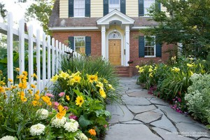 Boost Your Curb Appeal: Best Exterior Color Schemes - bhgrelife.com