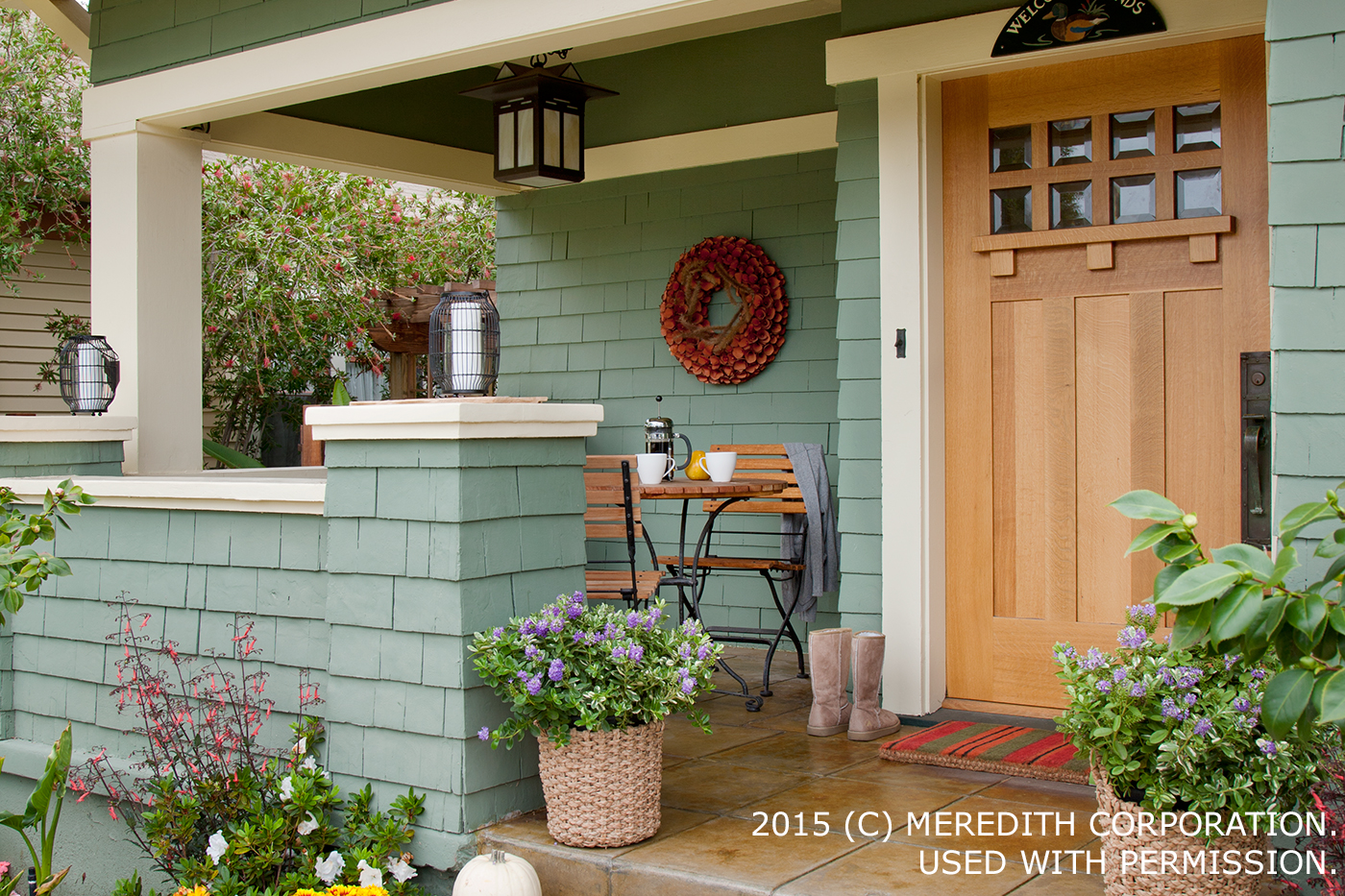 Inviting Exterior Doors & Front-Yard Landscaping - bhgrelife.com