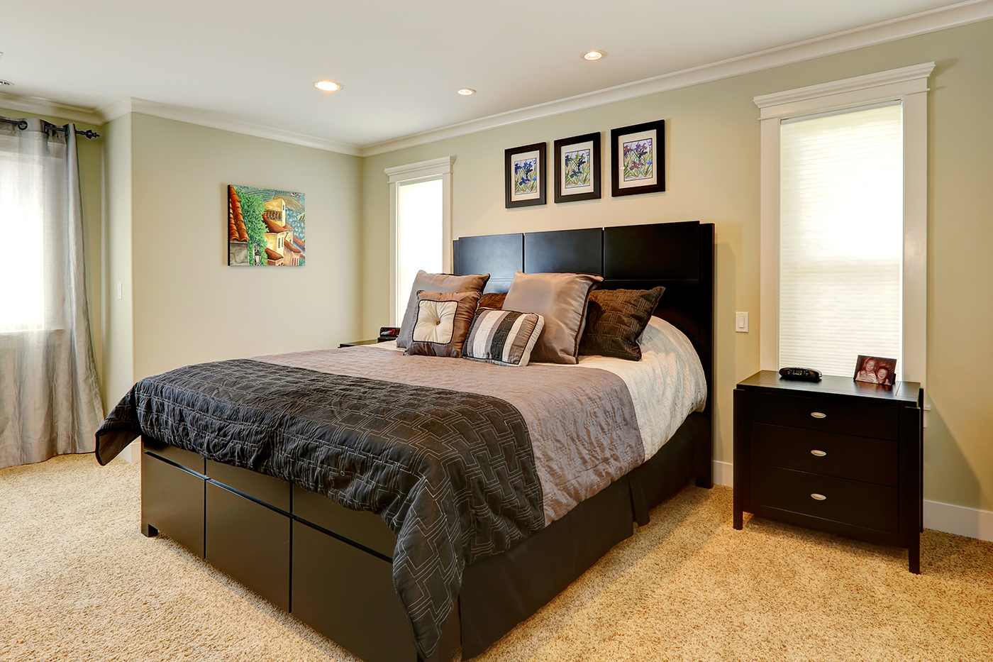 Ask a pro q a staging small bedrooms for sale better homes and gardens real estate life Master bedroom home staging