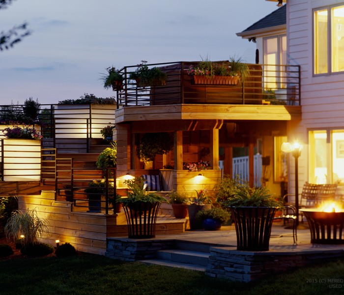 Outdoor staging tips to light up your homes yard