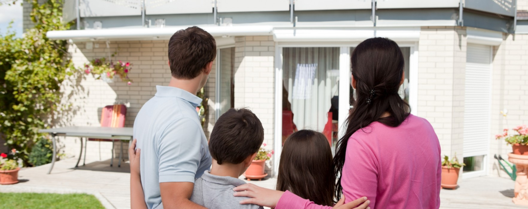 What to Know Before Making an Offer on a Home
