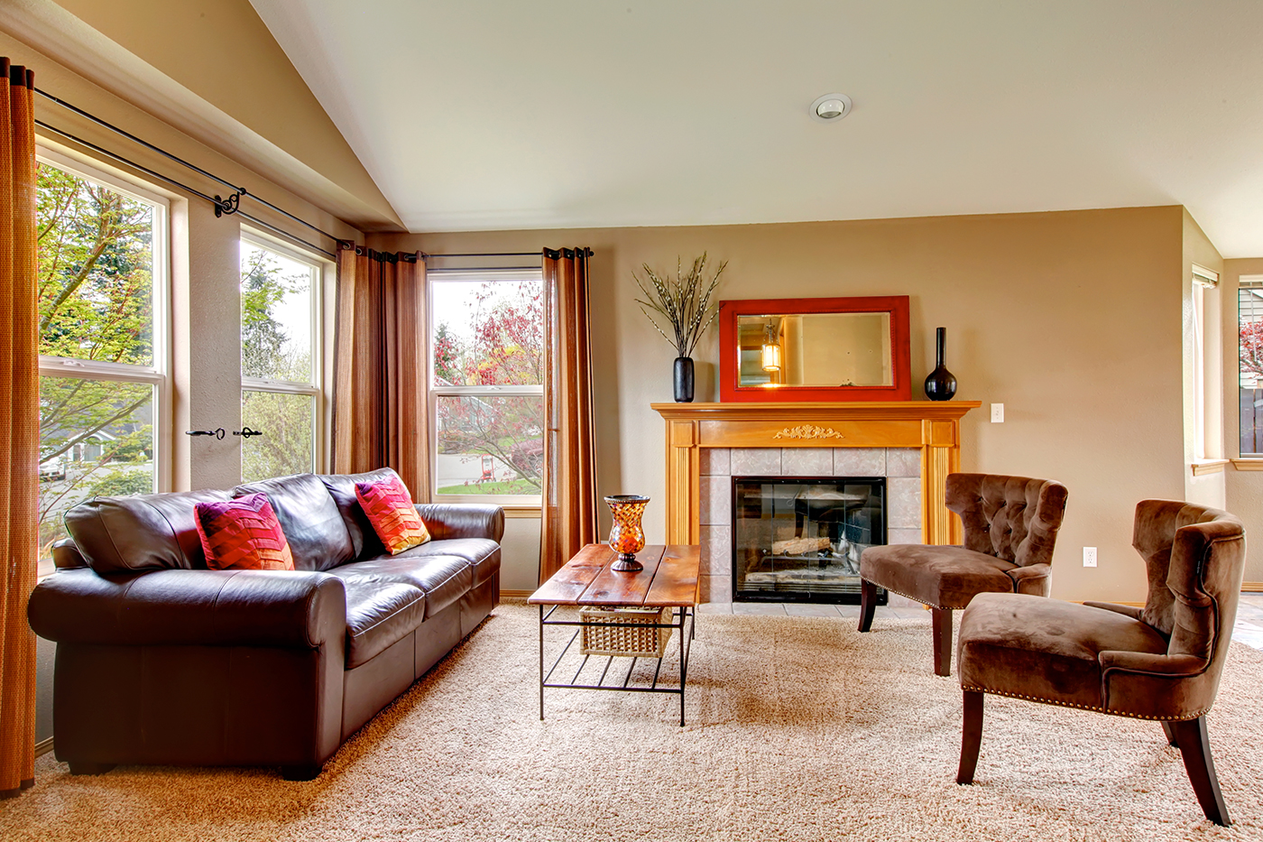 Spruce Up Your Home for Fall - bhgrelife.com