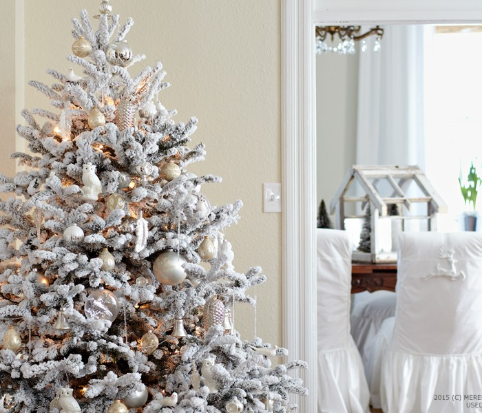 How to Choose an Artificial Tree for Christmas