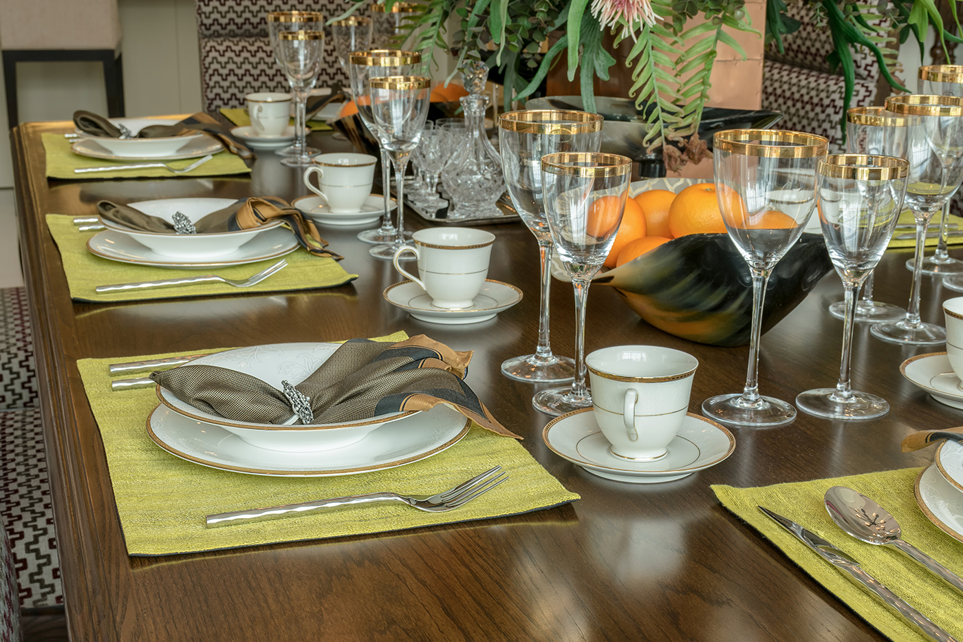 Family-Style Dinner Party Tips and Ideas | Better Homes and Gardens ...