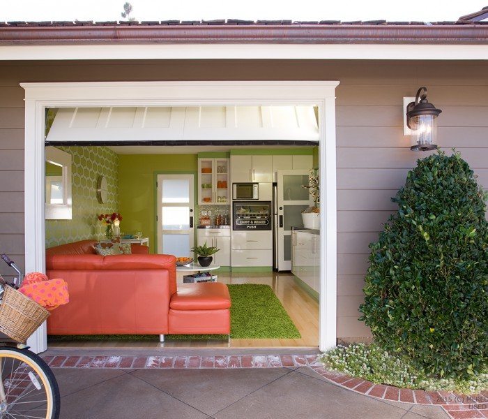 Garage Makeover: From Storage Space to Swanky Hangout Room