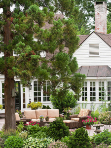 Picking a New Color Palette for Your Home's Exterior - bhgrelife.com
