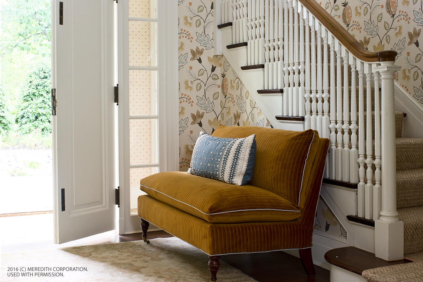 Steal These Inside Entryway Ideas to Make a Bold Entrance - bhgrelife.com
