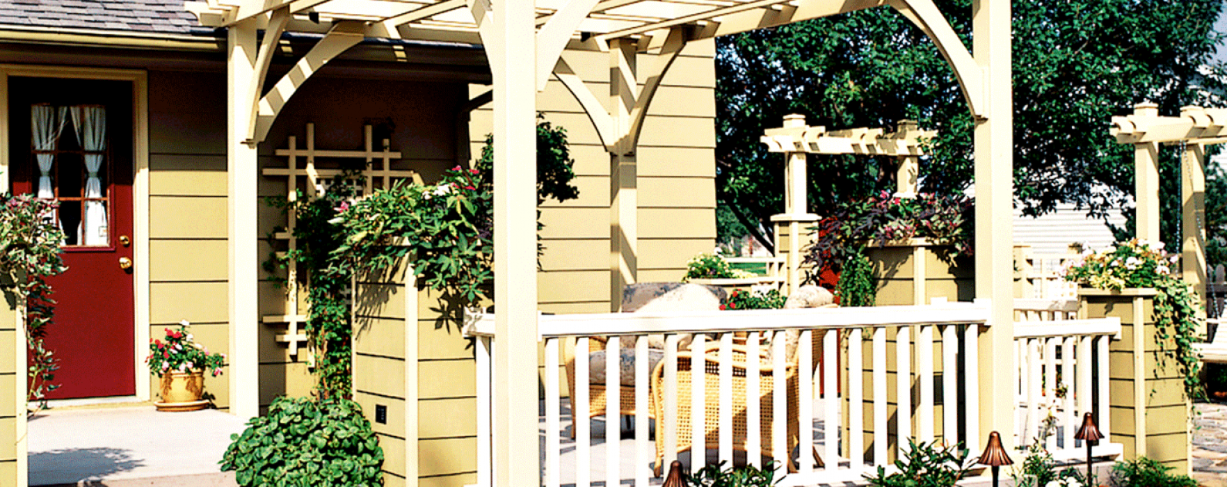 Before after deck makeovers better homes and gardens - Better homes and gardens real estate ...