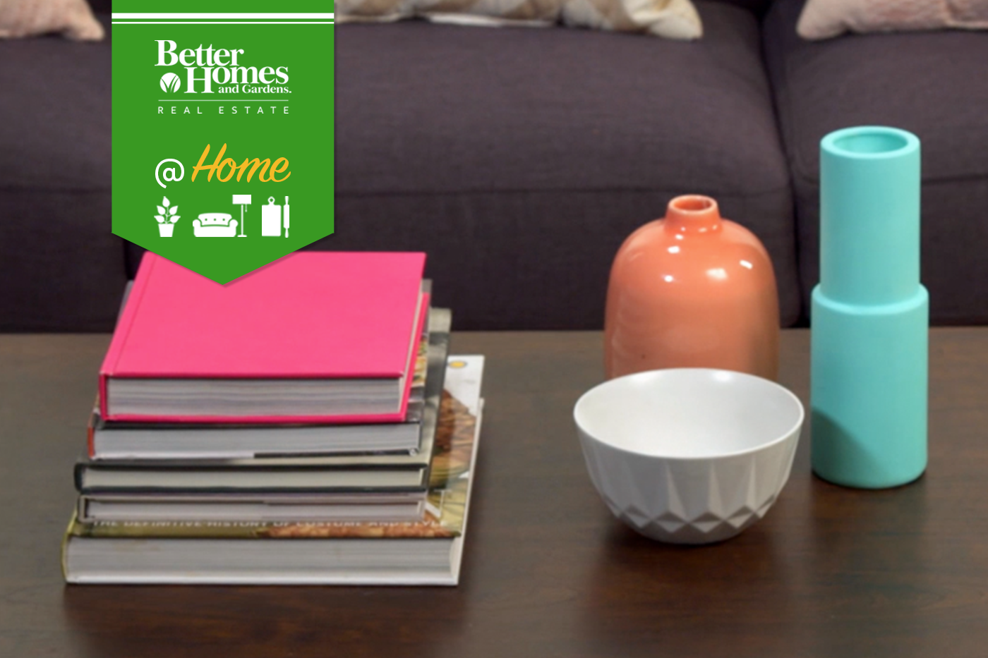 Bhgrelife.com - Five Ways to Decorate a Coffee Table