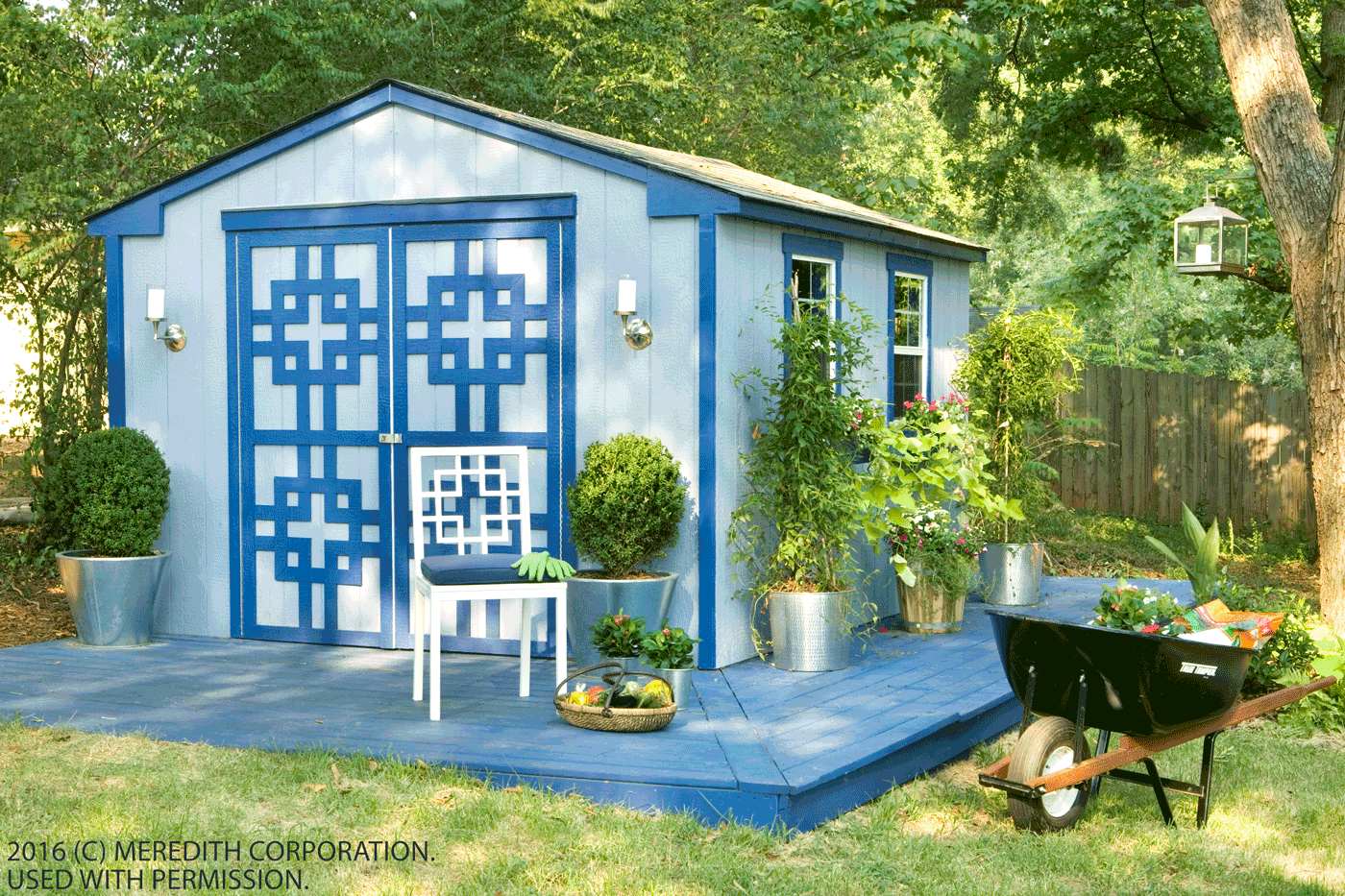 how to reorganize and decorate an outdoor storage shed better