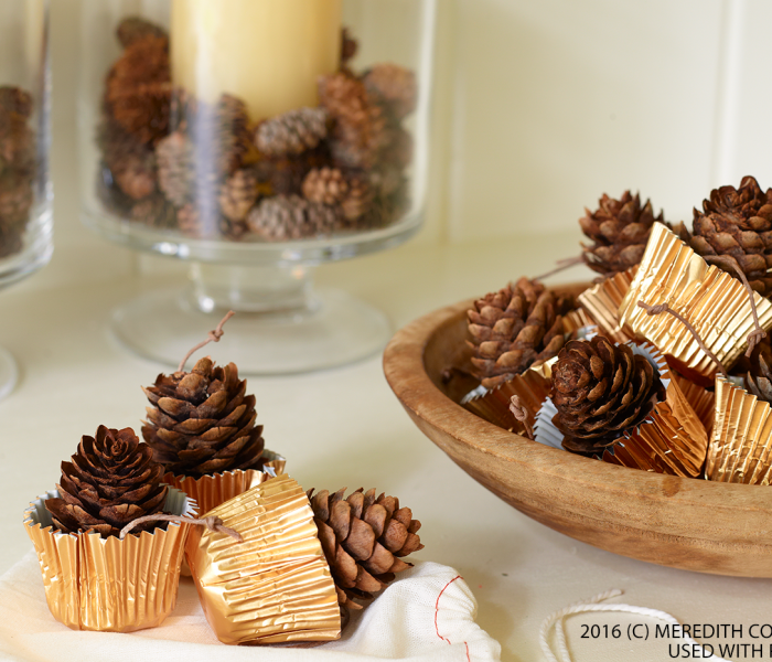 Easy DIY Holiday Party Decorations
