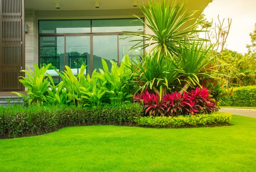 Top Landscaping Designs Of 2017 Better Homes And Gardens