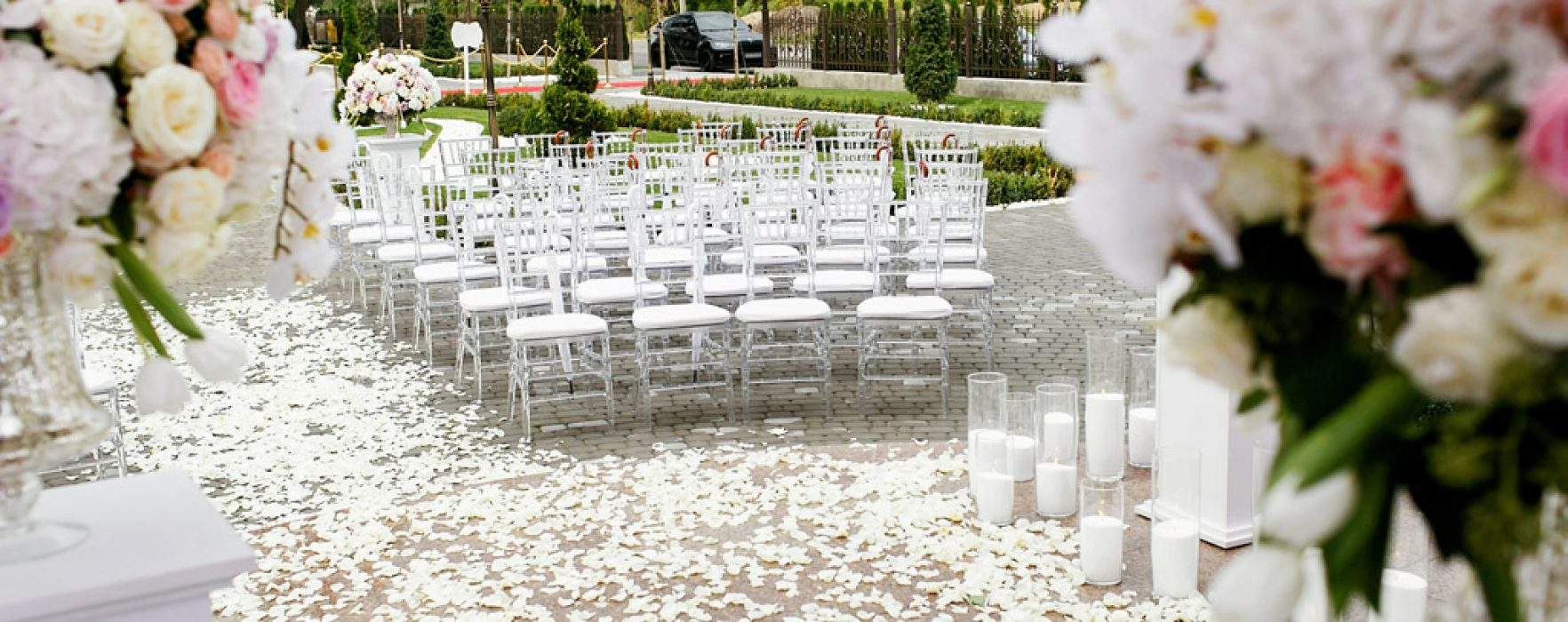 how to host a wedding in your backyard better homes and gardens