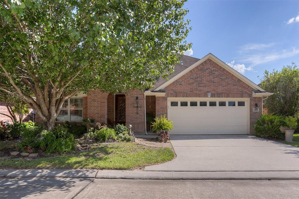 15231 Scenic Forest Dr, Conroe, TX 77384 - MLS# 72046622 - ZipRealty